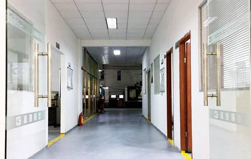 Workshop corridor